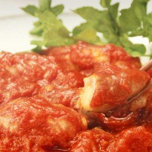 「トマト豚チーズ巻き」のレシピ動画