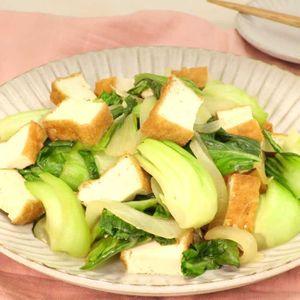 「チンゲン菜と厚揚げの中華炒め」のレシピ動画