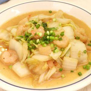 「白菜とえびのオイマヨ炒め」のレシピ動画