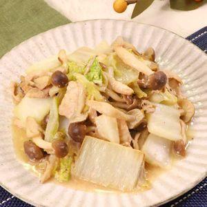 「白菜としめじのごまみそ炒め」のレシピ動画