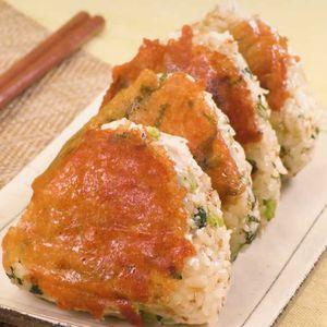 「野沢菜とチーズの焼きおにぎり」のレシピ動画