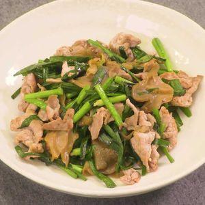 「豚肉とにらのザーサイ炒め」のレシピ動画