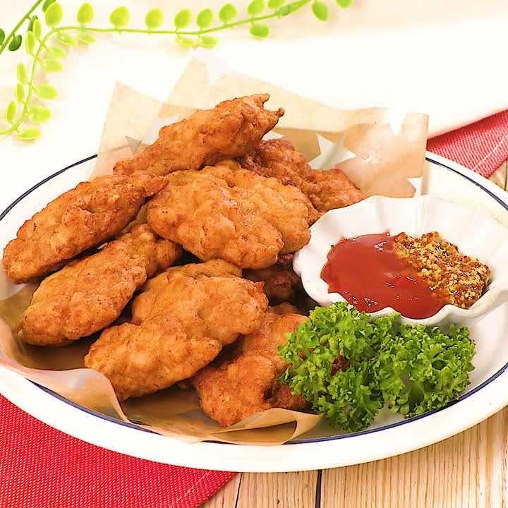 サクサクジューシー! 鶏むね肉のチキンナゲットのレシピ動画・作り方 | DELISH KITCHEN