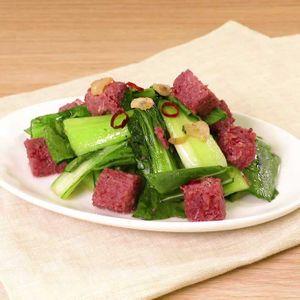「コンビーフの青菜炒め」のレシピ動画