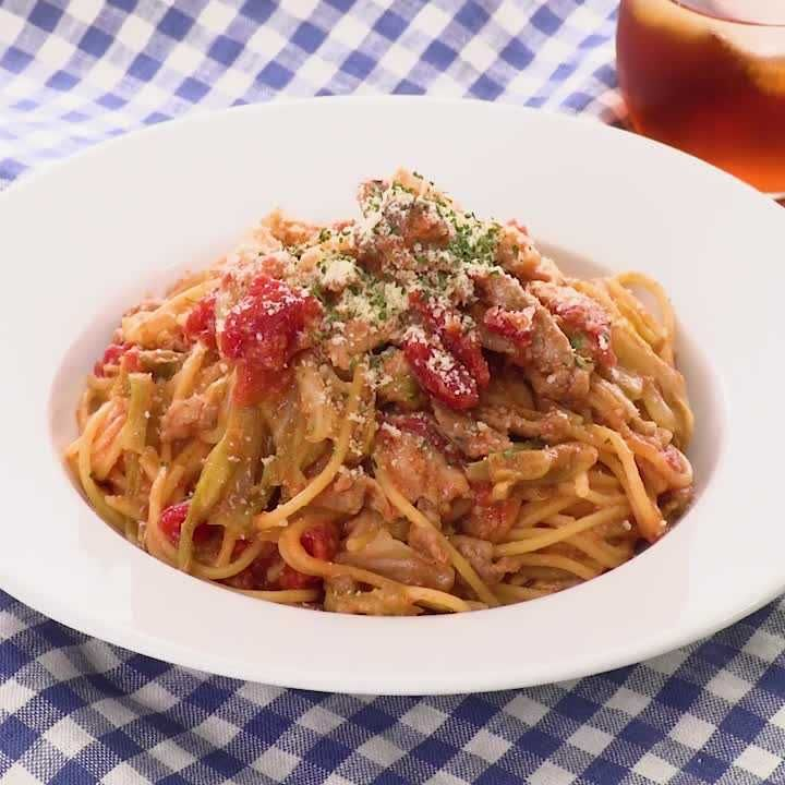 パスタ トマト 缶