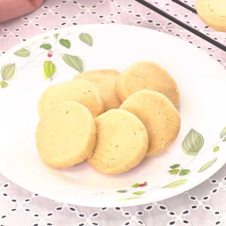 なし クッキー バター バター不使用なのにサクほろっ! 自然な甘さがおいしい「スノーボールクッキー」【今日の時短ごはん