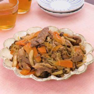 「しらたきと牛肉の甘辛炒め」のレシピ動画
