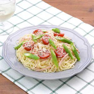 「アスパラとトマトのカッペリーニ」のレシピ動画