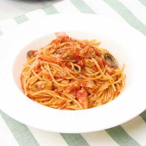 「鮭のトマトパスタ」のレシピ動画
