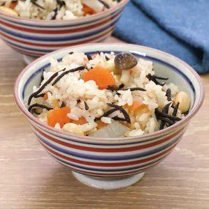 「ごぼうと大豆の五目炊き込みご飯」のレシピ動画