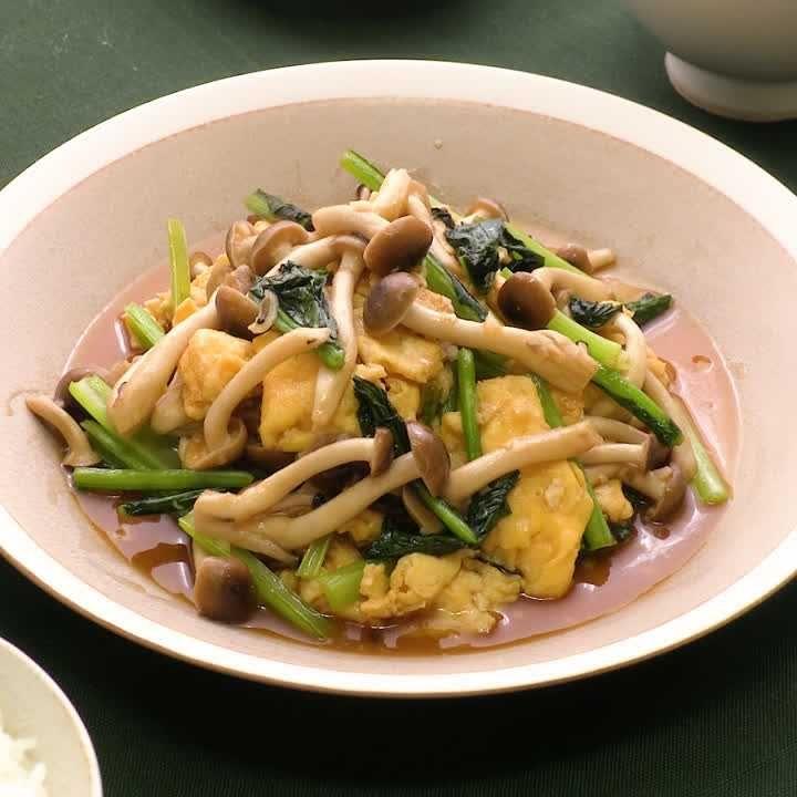 卵 小松菜 豚肉