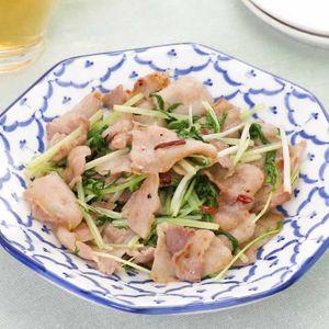 「豚バラと水菜のエスニック炒め」のレシピ動画