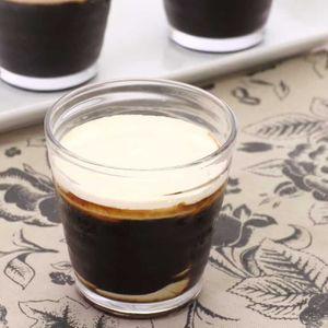 「ふるふるコーヒーゼリー」のレシピ動画
