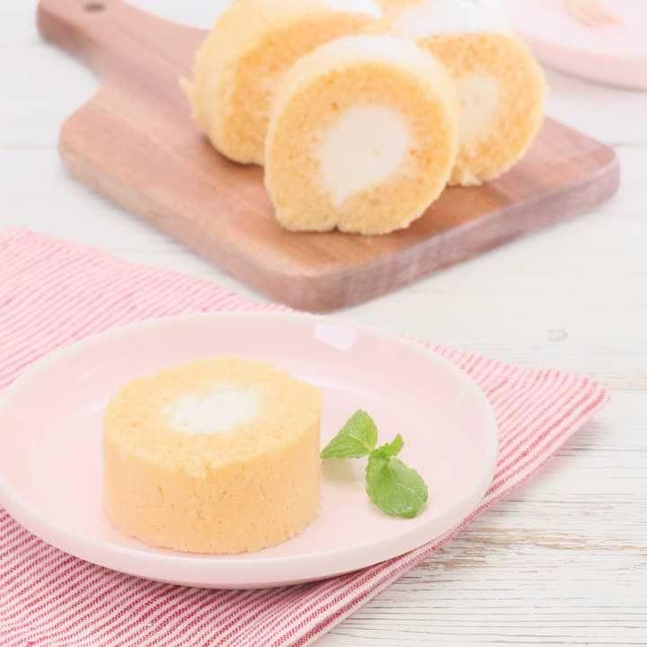 ロール ケーキ 人気 レシピ