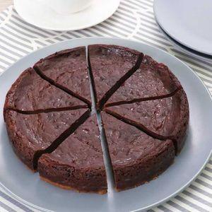 「チョコレートベイクドチーズケーキ」のレシピ動画