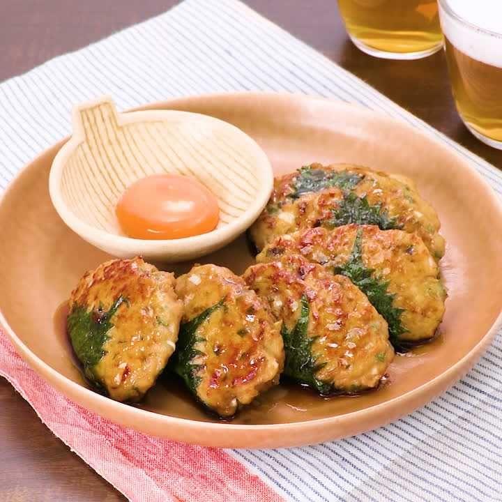 つくね 大葉 鶏 鶏団子鍋(鶏つくね鍋)のレシピ/作り方:白ごはん.com