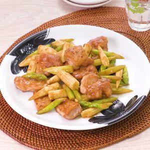 「ヤングコーンと鶏肉のバターポン酢炒め」のレシピ動画