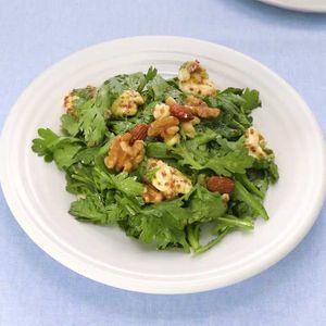 「春菊とチーズのハニーマスタードサラダ」のレシピ動画