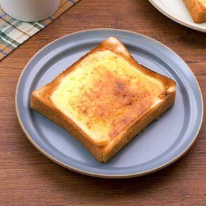 「ベイクドチーズケーキトースト」のレシピ動画
