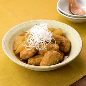 「鶏だんごと大根の煮物」のレシピ動画