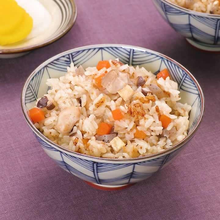 とりこになるおいしさ! かやくご飯のレシピ動画・作り方 | DELISH KITCHEN