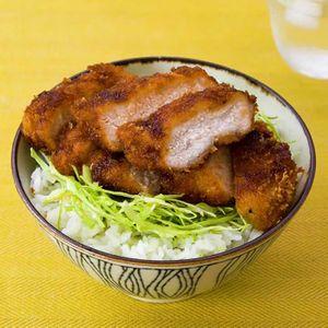 「ソースカツ丼」のレシピ動画