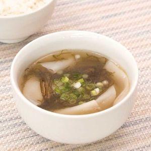 「もずくのワンタン風スープ」のレシピ動画