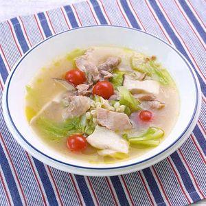 「豚肉ともち麦のうまみたっぷりスープ」のレシピ動画