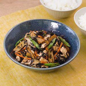 「ひじきたっぷり豆腐の炒り煮」のレシピ動画