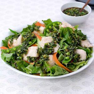 「水晶鶏と春野菜のニラだれがけ」のレシピ動画