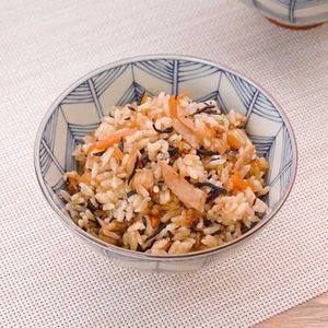 「ツナとひじきの炊き込みご飯」のレシピ動画
